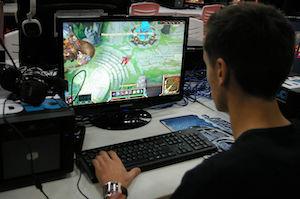 TGS_2014_gamer_PC_-0880%20small.jpg